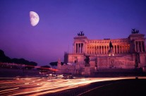 Foto Roma – Piazza Venezia Traffico
