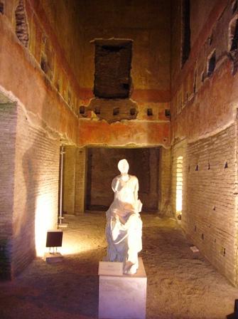 L'interno della Domus Aurea