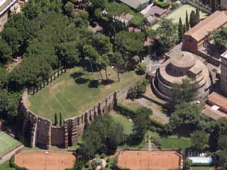 Mausoleo di Santa Costanza e le Catacombe di Sant'Agnese visto dall'alto