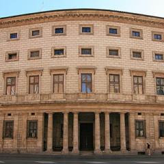 Palazzo Massimo alle Colonne e S. Ivo alla Sapienza