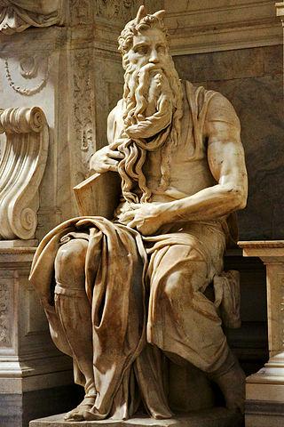 Statua di Mosè all'interno della Basilica di San Pietro in Vincoli