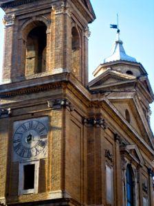 Sant'Atanasio dei Greci - Della Porta Della Porta si occupò del portale e delle due nicchie