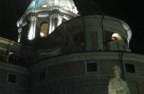 Cupola della Chiesa San Carlo al Corso vista da Piazza Augusto