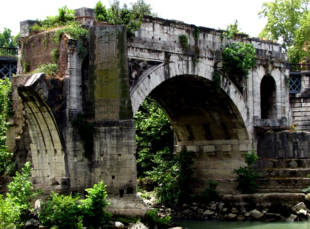 Tour dei Cinque sensi: Vista sul Ponte Rotto