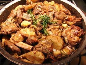 Abbacchio alla romana con patate arrosto