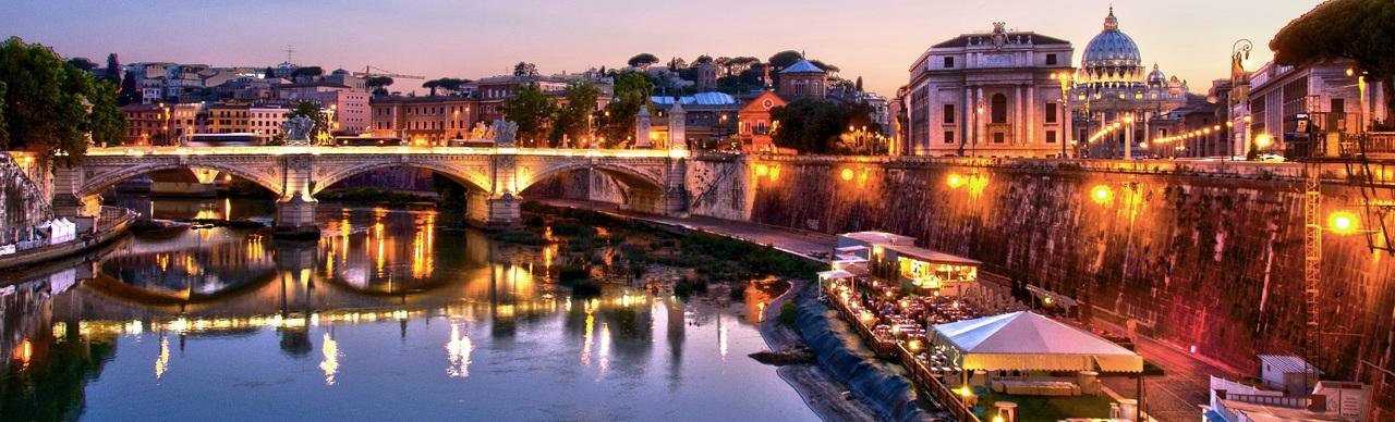 Risultati immagini per TEVERE ROMA FESTA