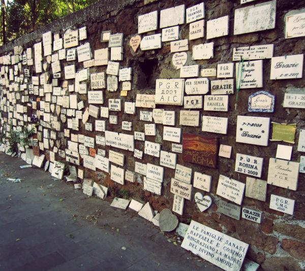 Muro degli ex voto - Roma