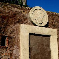 Piazza Vittorio a Roma|La Porta Magica e il Ninfeo