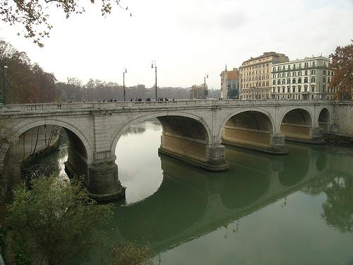 Ponte Cavour - Lungotevere Marzio