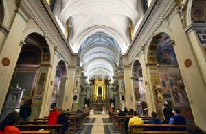 nterno della Chiesa Trinità dei Monti
