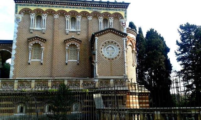 Chiesa neogotica a Villa Pamphilj