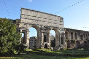 Porta Maggiore, Roma\