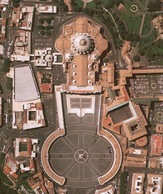 Piazza San Pietro vista dall'alto