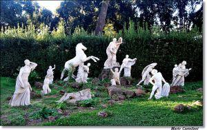 Villa Medici, il gruppo di Niobidi adornano i giardini