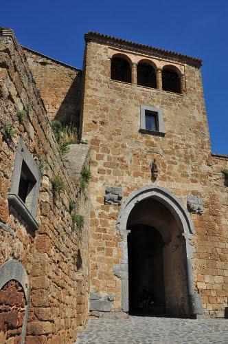 Civita di Bagnoregio - Porta Santa Maria