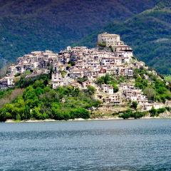 Castel di Tora | Rieti