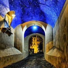 Via Arco dei Banchi a Roma