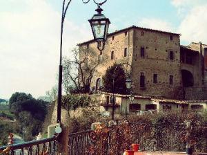Vista sul Castello, Borgo Isola Farnese