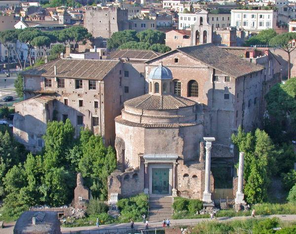 tempio-romolo-foro-romano