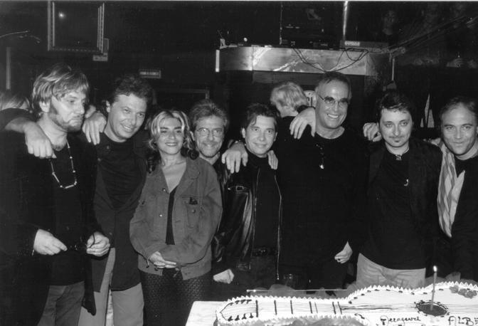 Tony Esposito, Enzo Gragnaniello, Pietra Montecorvino, Nino D'Angelo, Franco Califano, Alberto Laurenti Photo @www.corrieredelmezzogiorno.it