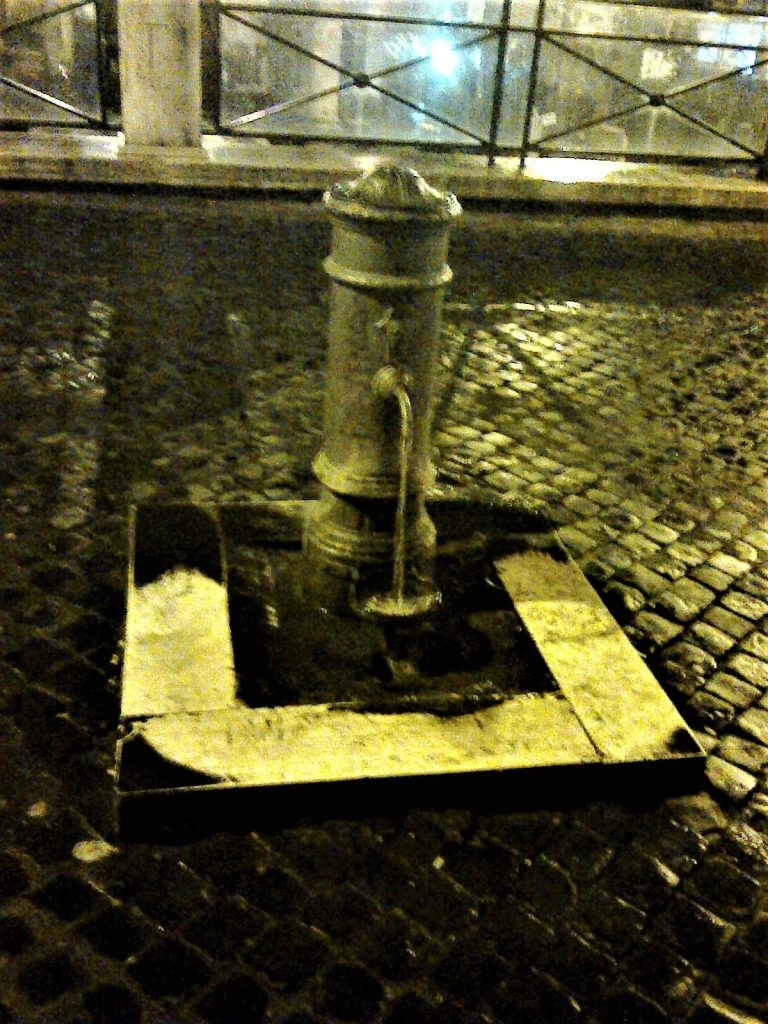 fontana nasone romano