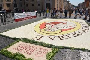 Infiorata Roma 2016 - quadro Pro Loco Roma Mater Misericordiae finito